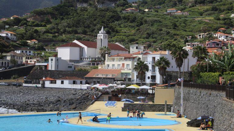 Schwimmbad Porto da Cruz